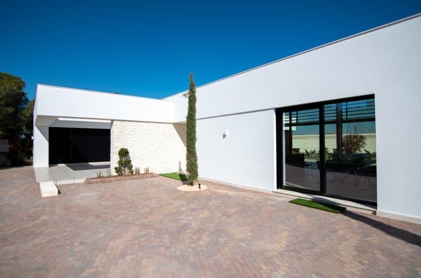 Mimosa-26-luxury-villa-on-las-colinas-golf-country-club-costa-blanca-by-geosem-alicante-30